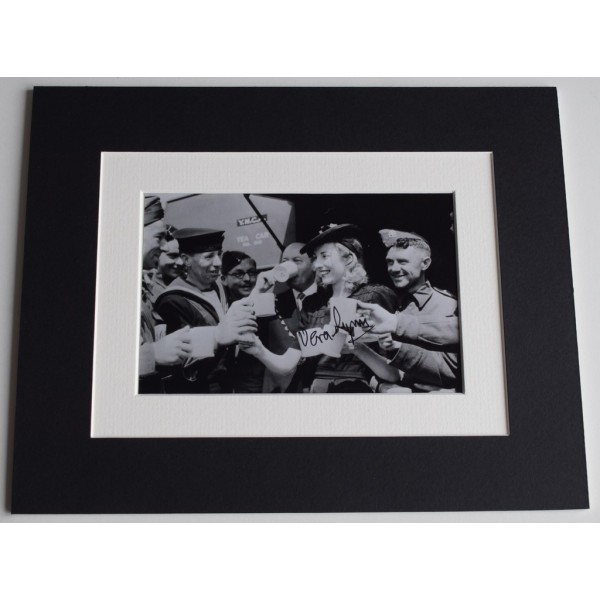 Vera Lynn Signed Autograph 10x8 photo display WW2 Forces Music AFTAL  COA Memorabilia PERFECT GIFT