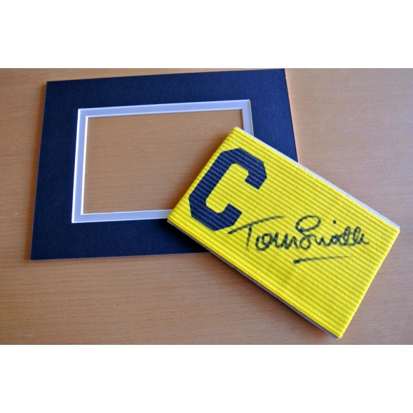TOMMY SMITH Signed Captains Armband & free mount display LIVERPOOL PROOF COA & AFTAL Memorabilia CLEARANCE