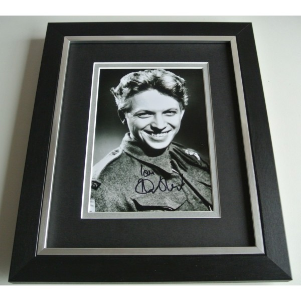 Tommy Steele SIGNED 10X8 FRAMED Photo Autograph Display 60's music & COA  PERFECT GIFT