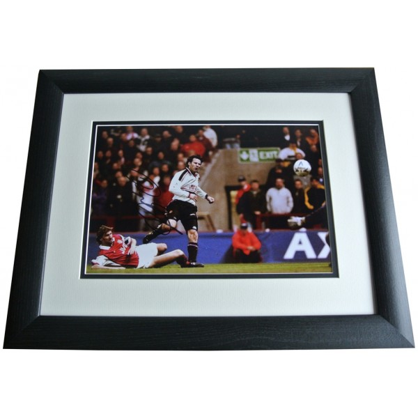 Ryan Giggs SIGNED FRAMED Photo Autograph 16x12 Huge display Manchester Utd COA  PERFECT GIFT