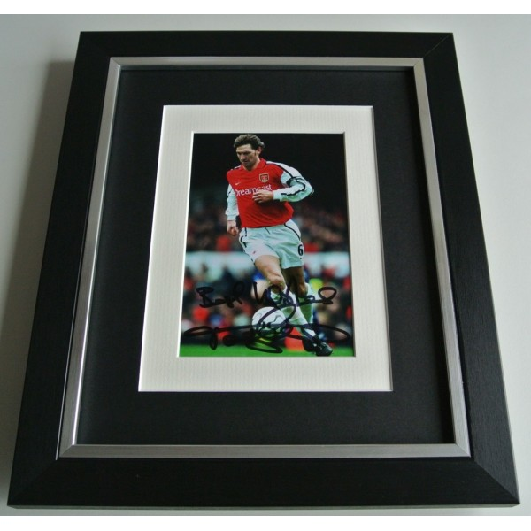 Tony Adams SIGNED 10x8 FRAMED Photo Mount Autograph Display Arsenal AFTAL COA   PERFECT GIFT