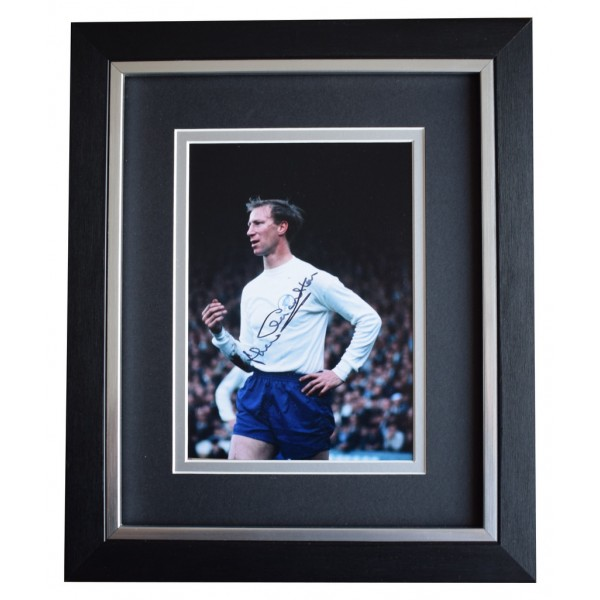 Jack Charlton SIGNED 10x8 FRAMED Photo Autograph Display Leeds Football  AFTAL  COA Memorabilia PERFECT GIFT