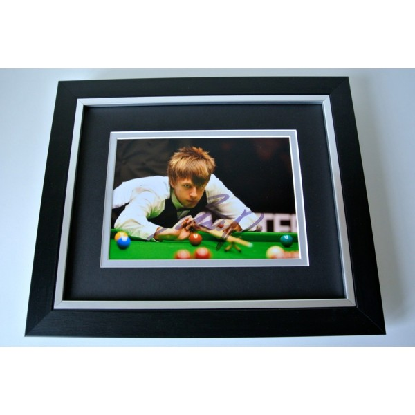 Judd Trump SIGNED 10X8 FRAMED Photo Mount Autograph Display Snooker & COA