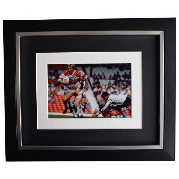 Denis Betts SIGNED 10x8 FRAMED Photo Autograph Display Wigan Rugby League AFTAL  COA Memorabilia PERFECT GIFT