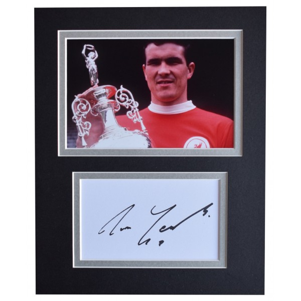 Ron Yeats Signed Autograph 10x8 photo display Liverpool Football  AFTAL  COA Memorabilia PERFECT GIFT