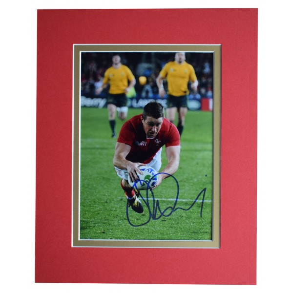Shane Williams Signed Autograph 10x8 photo display Wales Rugby Union Sport   AFTAL  COA Memorabilia PERFECT GIFT
