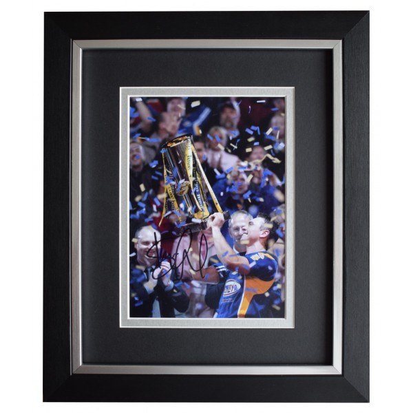 Kevin Sinfield SIGNED 10x8 FRAMED Photo Autograph Display Leeds Rhinos AFTAL  COA Memorabilia PERFECT GIFT