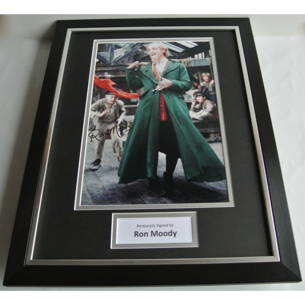 Ron Moody SIGNED FRAMED Photo Autograph 16x12 display Oliver Film Musical COA AFTAL TV FILM Memorabilia PERFECT GIFT