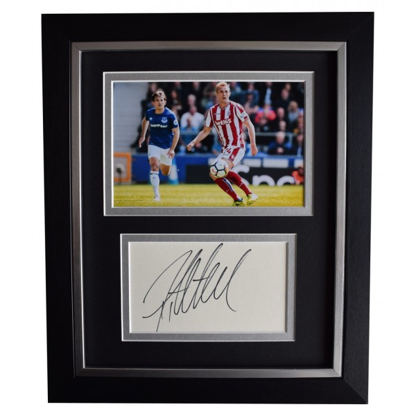 Darren Fletcher SIGNED 10x8 FRAMED Photo Autograph Display Stoke City AFTAL  COA Memorabilia PERFECT GIFT