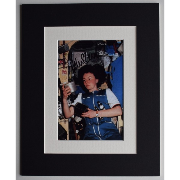 Helen Sharman Signed Autograph 10x8 photo display MIR Space Station  Memorabilia  AFTAL & COA PERFECT GIFT