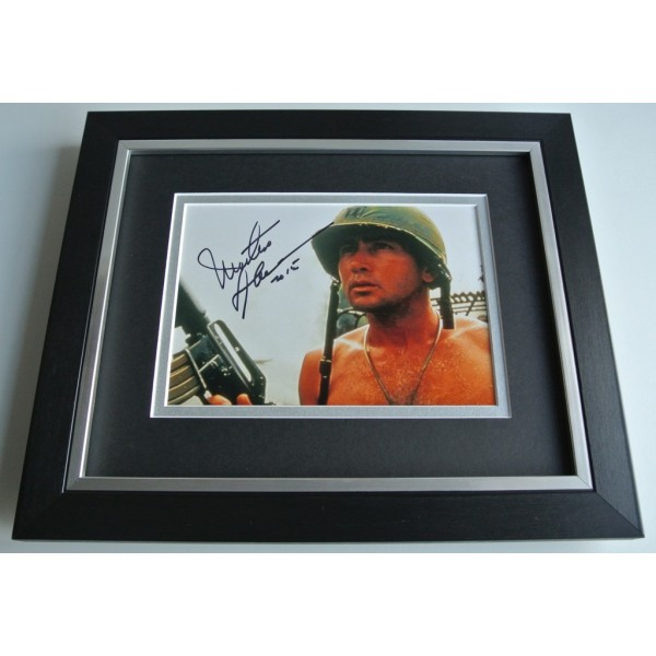 Martin Sheen SIGNED 10X8 FRAMED Photo Autograph Display Apocalypse Now AFTAL & COA  FILM Memorabilia PERFECT GIFT