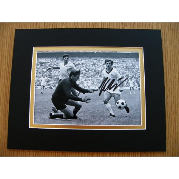 GERD MULLER HAND SIGNED AUTOGRAPH 10X8 PHOTO MOUNT GERMANY BAYERN MUNICH & COA