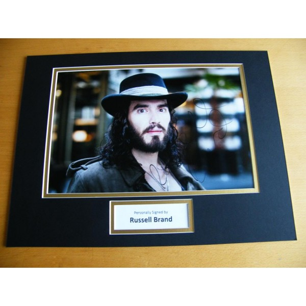 RUSSELL BRAND HAND SIGNED AUTOGRAPH 16x12 PHOTO MOUNT COMEDIAN & COA
