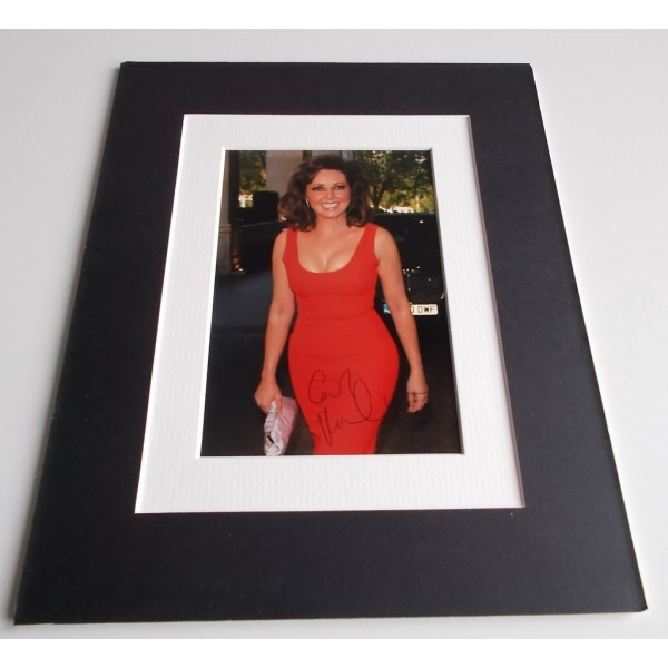 Carol Vorderman Signed Autograph 10x8 photo mount display Countdown TV AFTAL & COA Memorabilia PERFECT GIFT