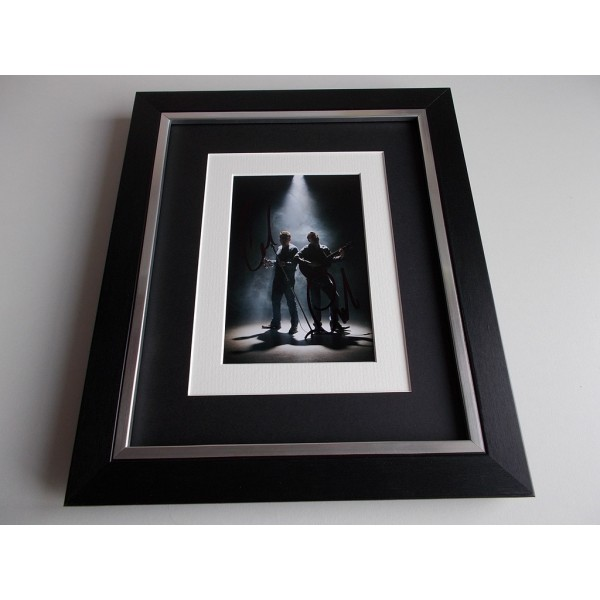 The Proclaimers SIGNED 10x8 FRAMED Photo Autograph Display Music AFTAL & COA Memorabilia PERFECT GIFT