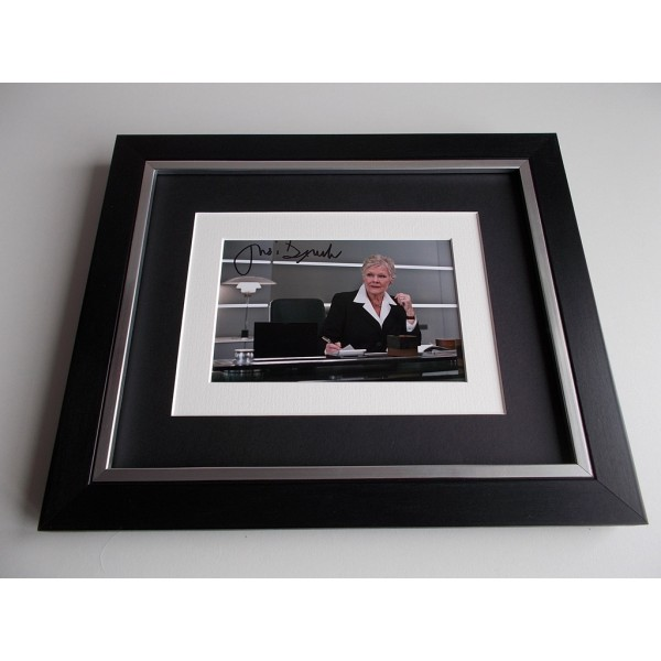 Dame Judi Dench SIGNED 10x8 FRAMED Photo Autograph Display James Bond Film AFTAL & COA Memorabilia PERFECT GIFT
