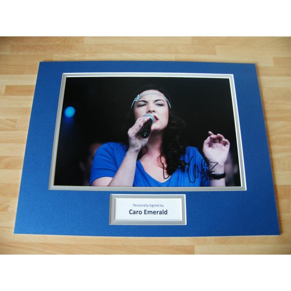 CARO EMERALD HAND SIGNED AUTOGRAPH 16x12 PHOTO MOUNT LIQUID LUNCH SINGER COA
